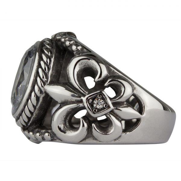 Ring mit Ritterlilien und transparenten Schmucksteinen