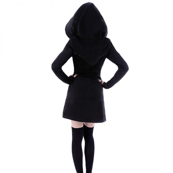 Taillierter Mantel mit riesiger Kapuze