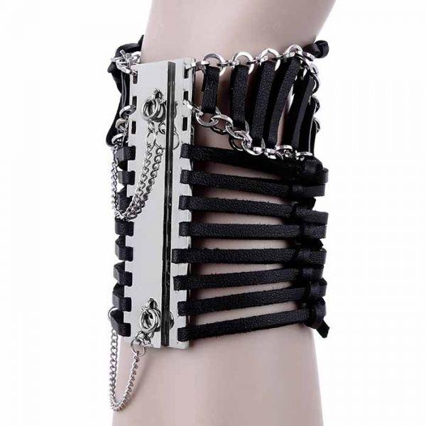 Armband mit Ketten und Bändern in Lederoptik